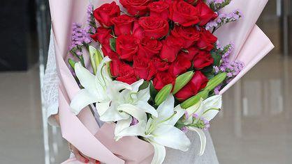 三十年结婚纪念日送给爱人什么花? 祝福语怎么写