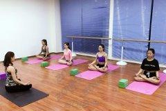 西安嘉艺舞蹈瑜伽专业培训,提高自身气质塑造完美身材