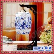 中国风红色创意卧室床头灯结婚庆礼物中式复古台灯具
