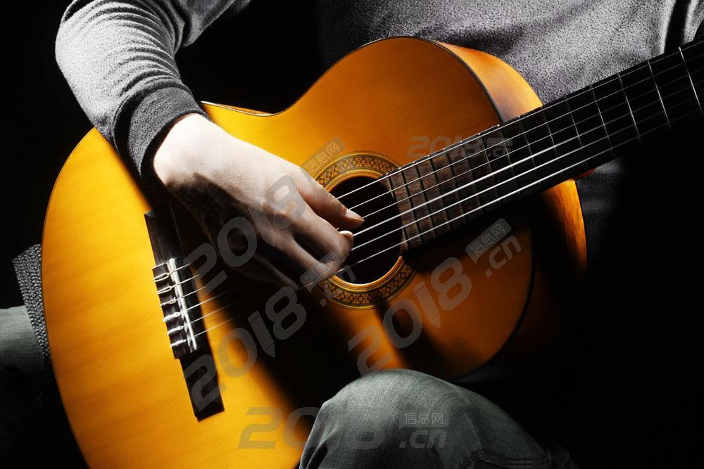 零基础学吉他课程,成人小孩学爬格子 可试听 小班制