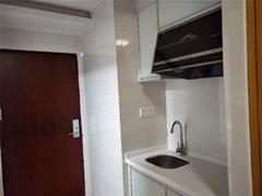 比亚迪商区 万达广场旁 一房一厅 舒适小区