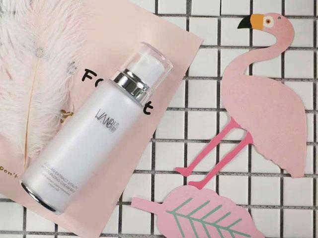 丸碧雪莲萃取活力保湿精华乳敏感肌肤护理的绝佳搭配