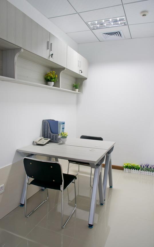 南山科技园24H联合小型办公室卡位业主直租,可注册