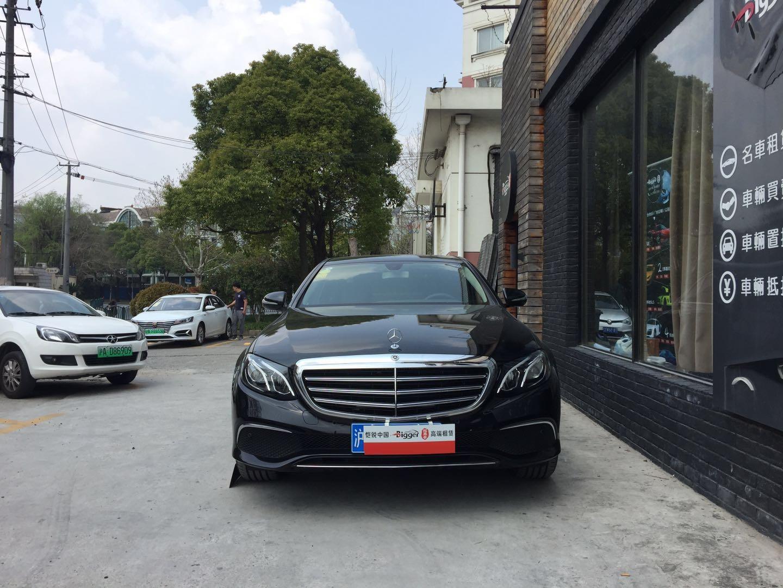 上海租奔驰E300L自驾租车一天要多少钱