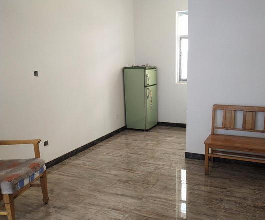 海鸿大厦1室1厅 2楼 朝南北 整套出租 精装修 付三押一