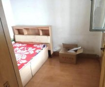 金雁花园2室1厅 2楼 朝东 整套出租 精装修 半年付